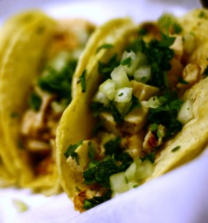 tacos de pollo from Flickr via Wylio