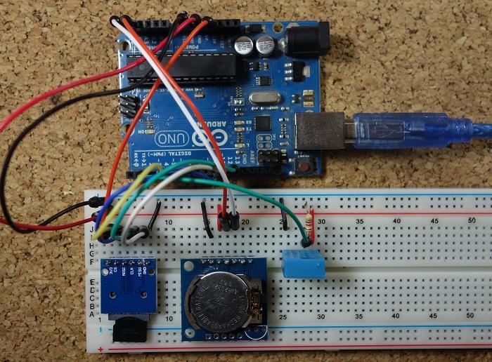Arduino Temperature Data Logger | Random Nerd Tutorials