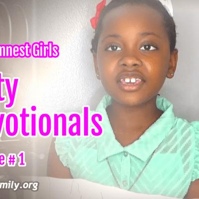 Randomnestfamily Kristen sharing a kid devotional