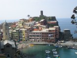 Another Vernazza harbour view.