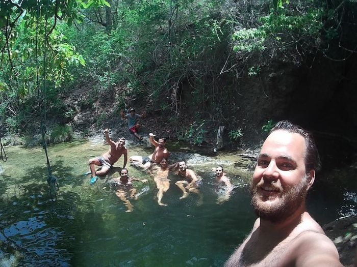 Piscinas cascada Mojo Island