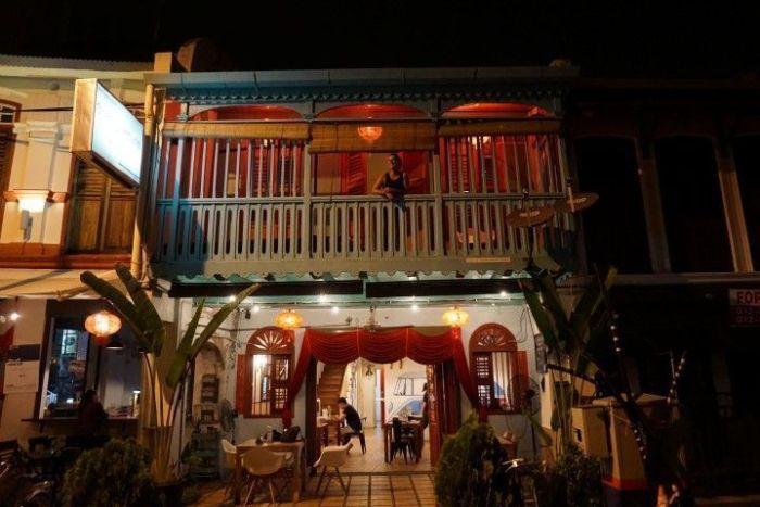 """Una tradicional """"shophouse"""" ahora convertida en restaurante, en Love Lane, Georgetown"""