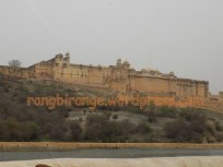 Colossal Amer Fort standing over Aravalis