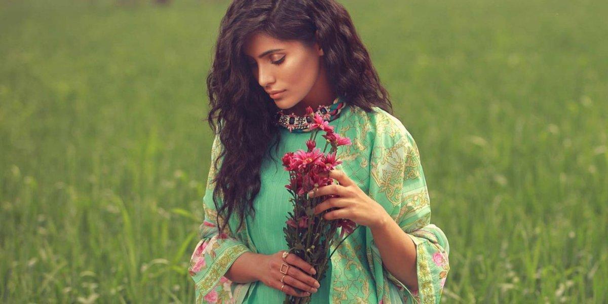Pakistani-Dresses-Online-Shopping-Replica