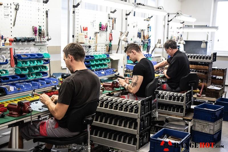 CZ factory tour in Uherský Brod - Range Hot