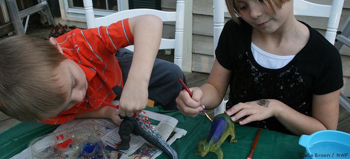 Painting dinosaur back