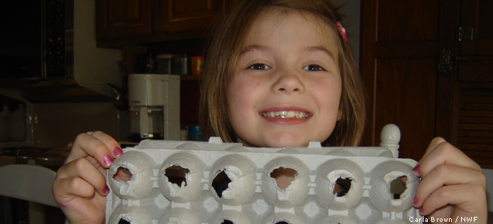 Egg carton with holes