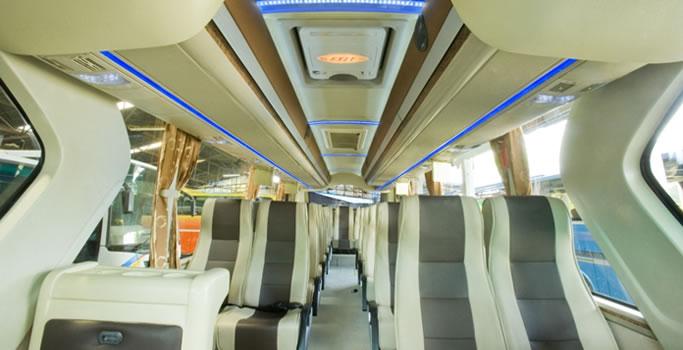 Bus Pariwisata Terbaru Kudus