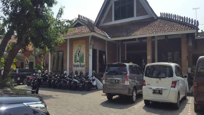 Rengkot Buyut Restaurant