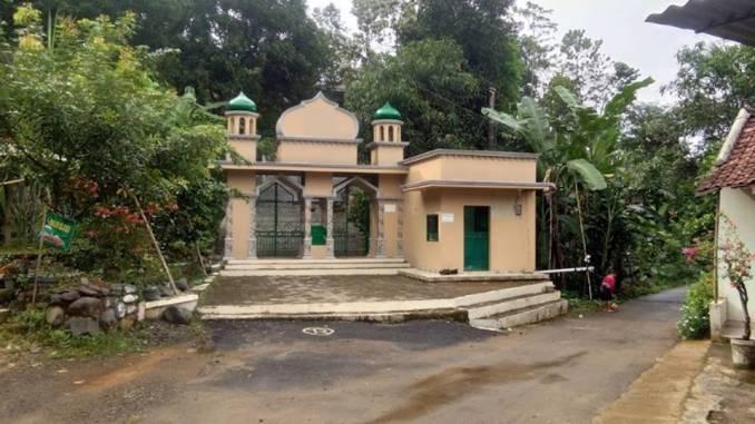 Makam Ki Ageng Rogoselo