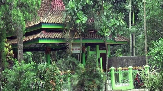 Makam Kyai Langgeng