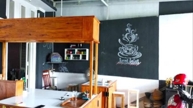 Cafe Hitam Putih