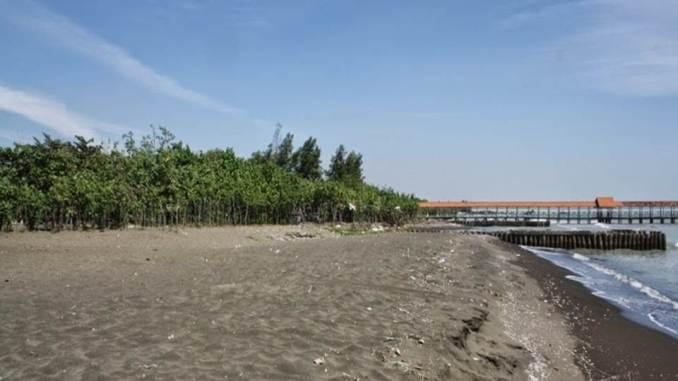 Pantai Purwahamba Indah