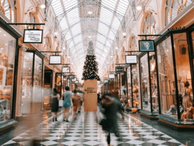 A shopping mall using AI technology to analyze shopping behavior and monitor visitors.