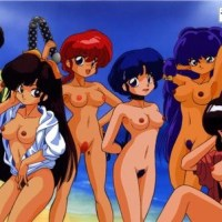 Ranma and her girlfriends on the beach... and they all are naked!
