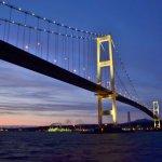 白鳥大橋の夕景