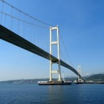 赤防から見る白鳥大橋