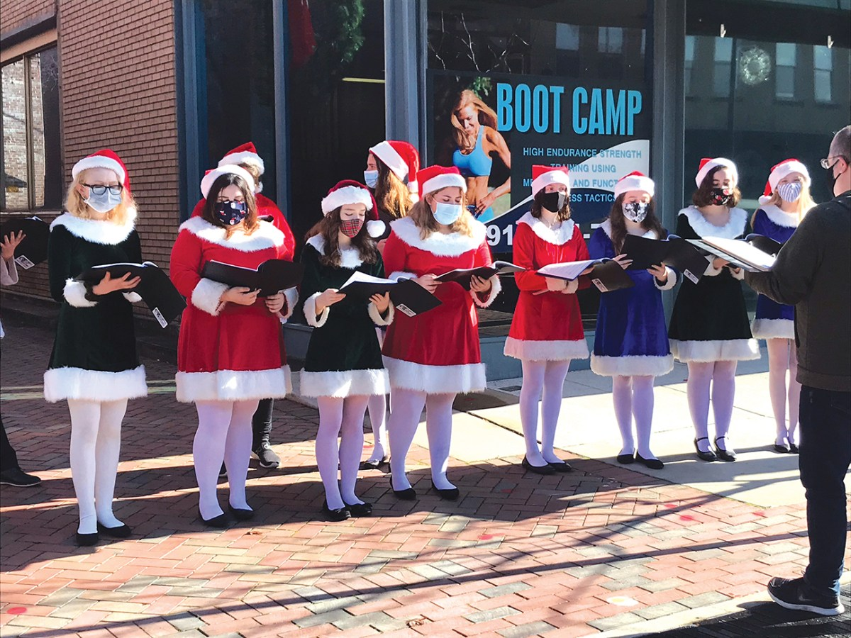 Sanford Nc Events Christmas Day 2021 Old Holiday Traditions Will Look Different This Year In Sanford The Rant