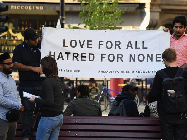Despite Heroic Efforts Following Attack, Manchester Muslims Face Hatred At Home
