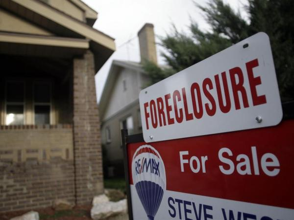 How Banks Targeted African-Americans With Predatory Mortgages