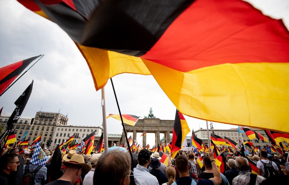 27 May 2018, Germany, Berlin: Supporters of the party Alternative for Germany (AfD) gather at Brandenburg Gate to protest under the slogan 'Zukunft Deutschland ' (lit. 'Future Germany'). (Photo by: Kay Nietfeld/picture-alliance/dpa/AP Images)