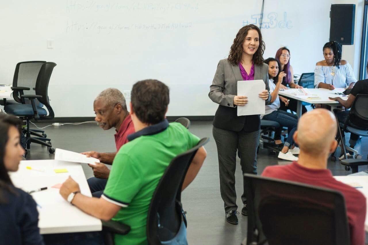 Juliana Cardona Mejia, founder of Street Entrepreneurs, leading a workshop
