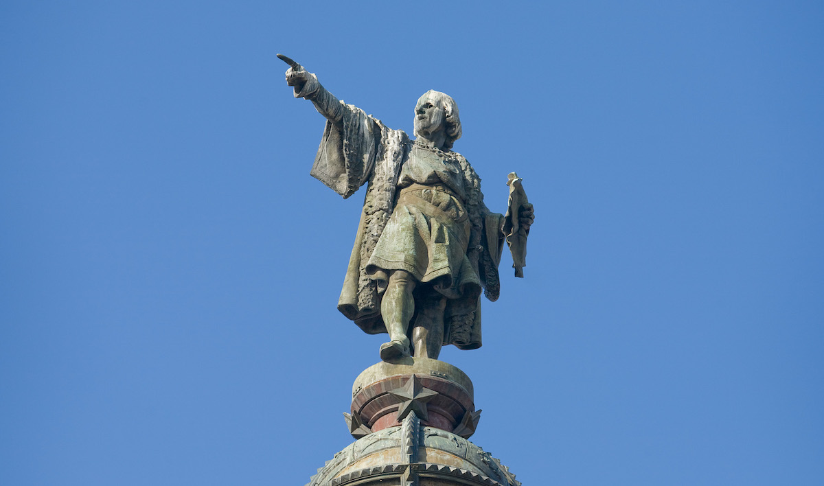 """Christopher Columbus monument in Barcelona, Spain (Photo by DAVID ILIFF. <a href=""""https://creativecommons.org/licenses/by-sa/3.0"""">License: CC BY-SA 3.0</a>)"""