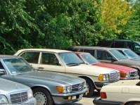 ranwhenparked-mercedes-benz-w123-240d-beige-1