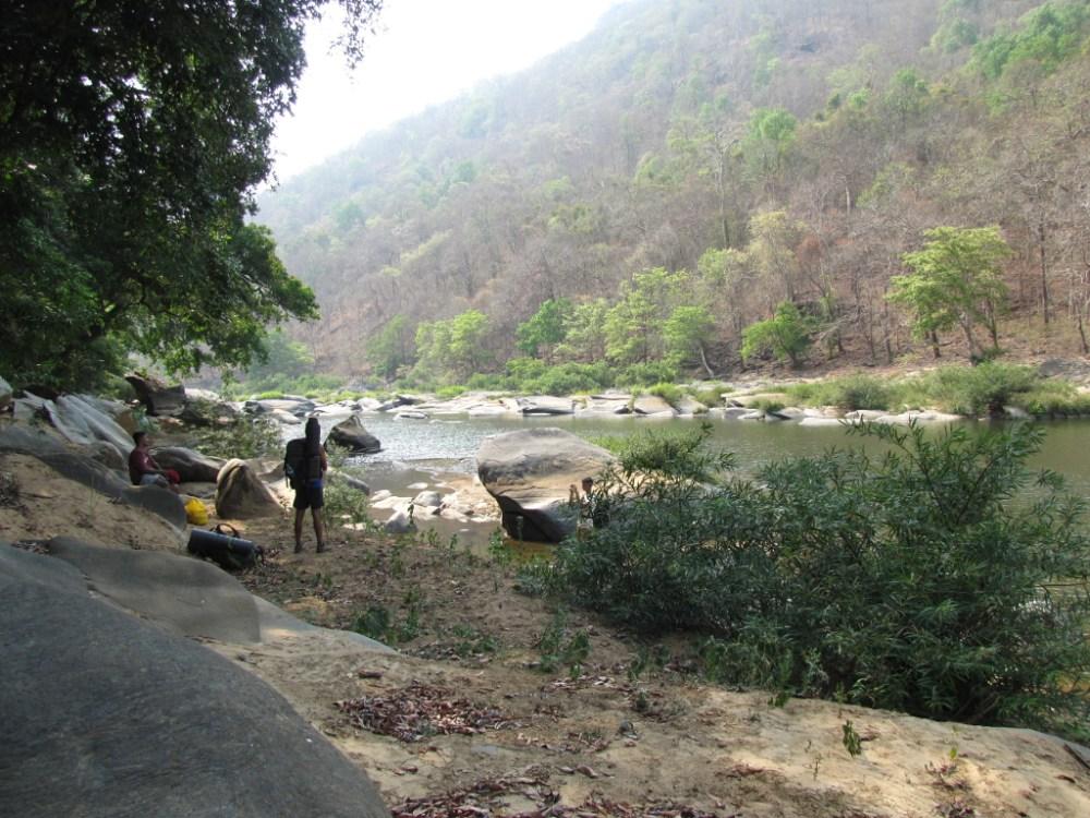 Trek from Jenukallu Gudda to Shivaganga falls (3/6)