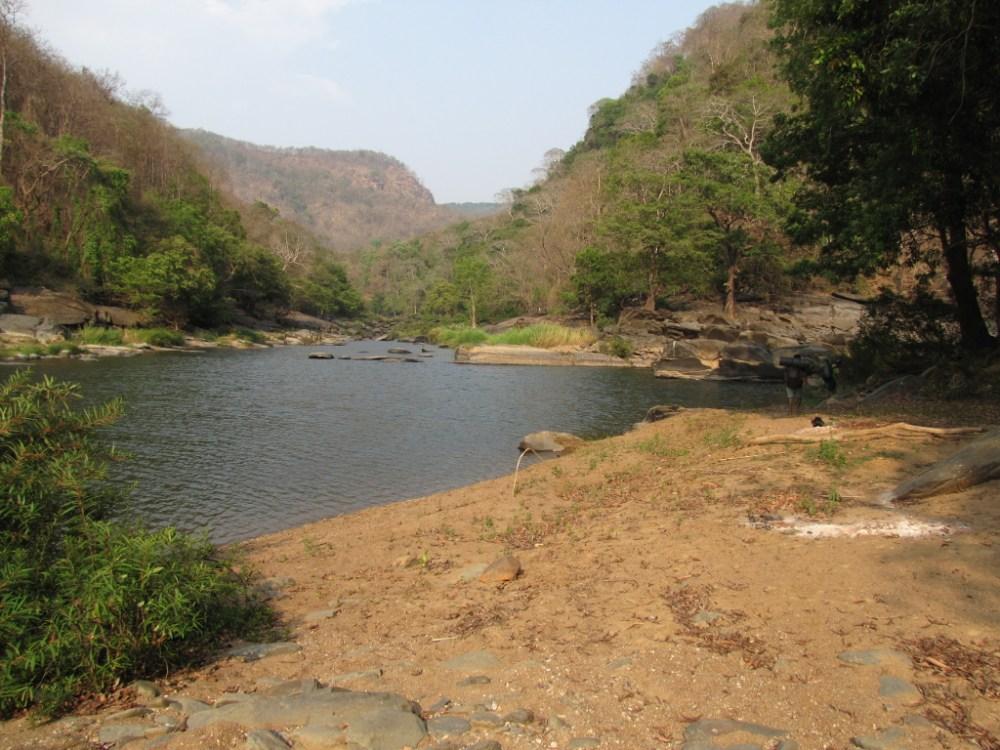 Trek from Jenukallu Gudda to Shivaganga falls (4/6)