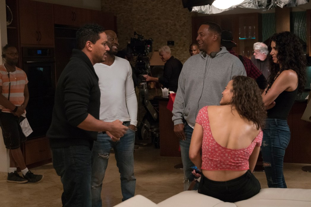Laz Alonso, Omar Epps, Paula Patton, Roselyn Sanchez and Director Deon Taylor on the set of Traffik Photo: Scott Everett White