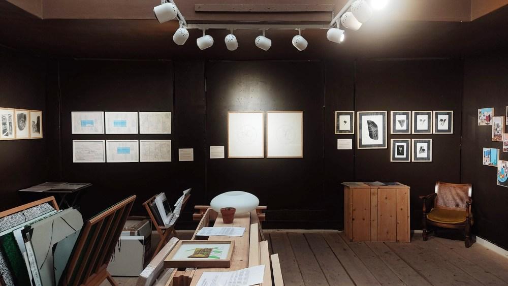 2020-07-01-Exposition-Collective-Confinement-Autour-de-l-Image-Photo-Mur-Du-Fond