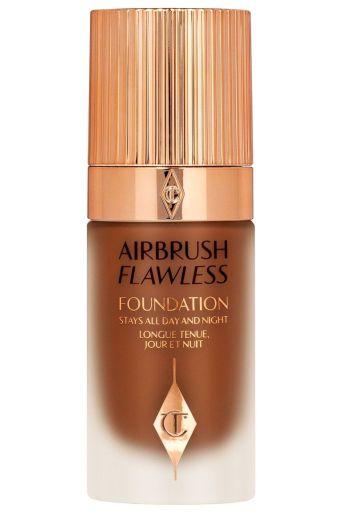 Base Airbrush Flawless, base com alta luminosidade, cobertura média e efeito de pele saudável para maquiar noivas.