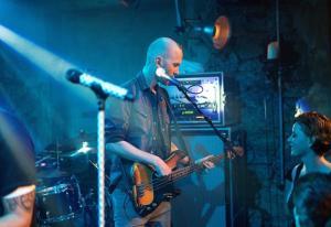 Konzert von Seven im Keller vom Hotel Wetterhorn Hasliberg