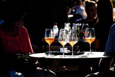 Getränke am Buskers-Festival in der Berner Altstadt