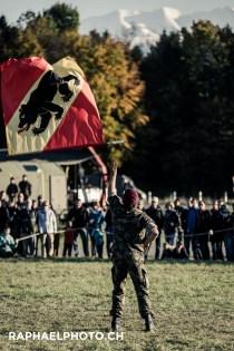 Fahnenschwingen Militäranlass Thun meets Army