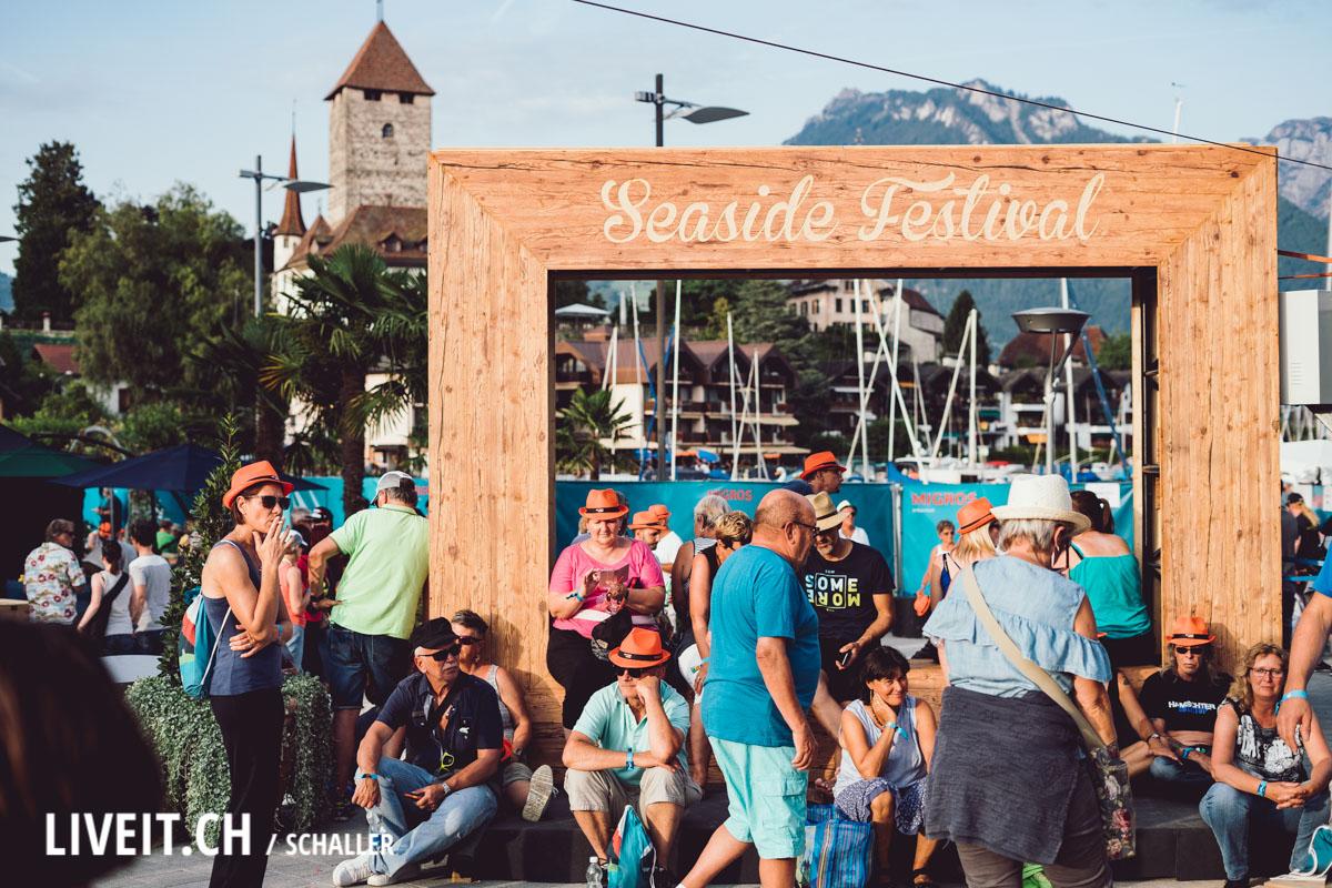 Seaside Festival vor dem Schloss Spiez