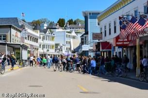Island crowds