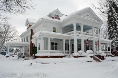 Laurium Manor Inn exterior
