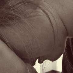 piangere-crisi-di-coppia-lasciarsi-rapporto-di-coppia-crisi-di-coppia