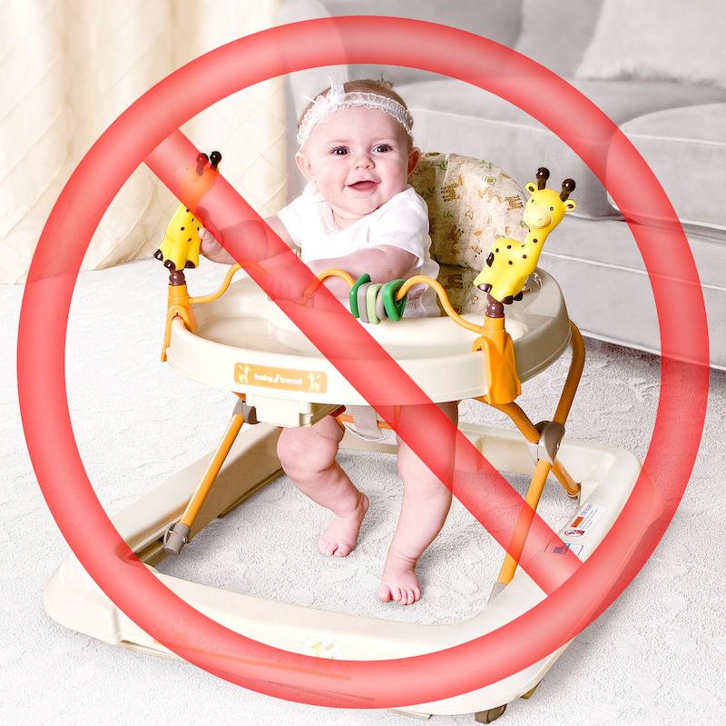 ¿Es bueno poner al bebé de pie?