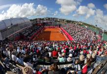 Estádio Millennium em plena sessão esgotada no Millennium Estoril Open 2017