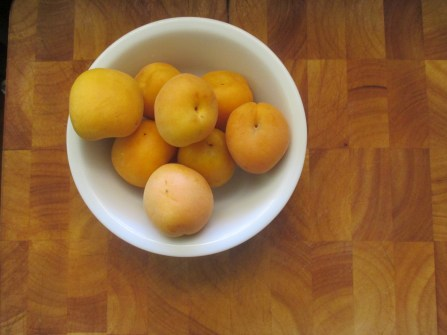 preserved apricots