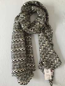 A gift like this scarf from IWasASari upcycles everyone!