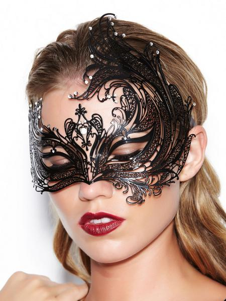 Giles moulded metal mask, from Ann Summers