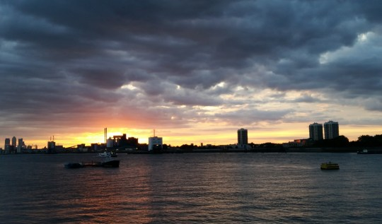 A sunset over the Thames