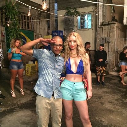 iggy and t.i raro lae