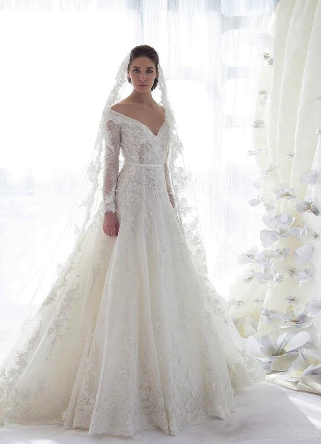 long-sleeve-lace-wedding-dress-Bridal-Musings-19