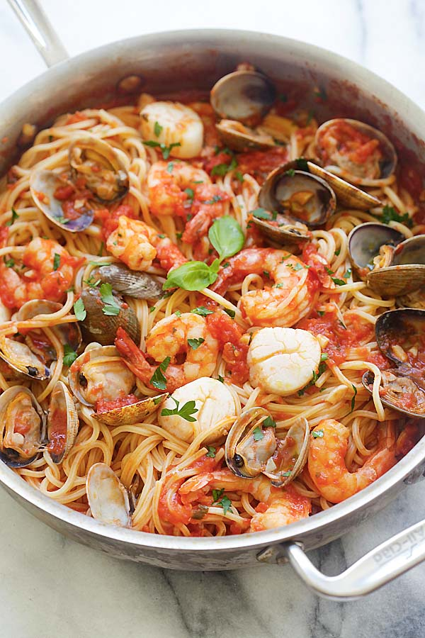One Pot Seafood Pasta Easy Delicious Recipes