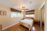 Queen Bed in 3 Bedroom Home